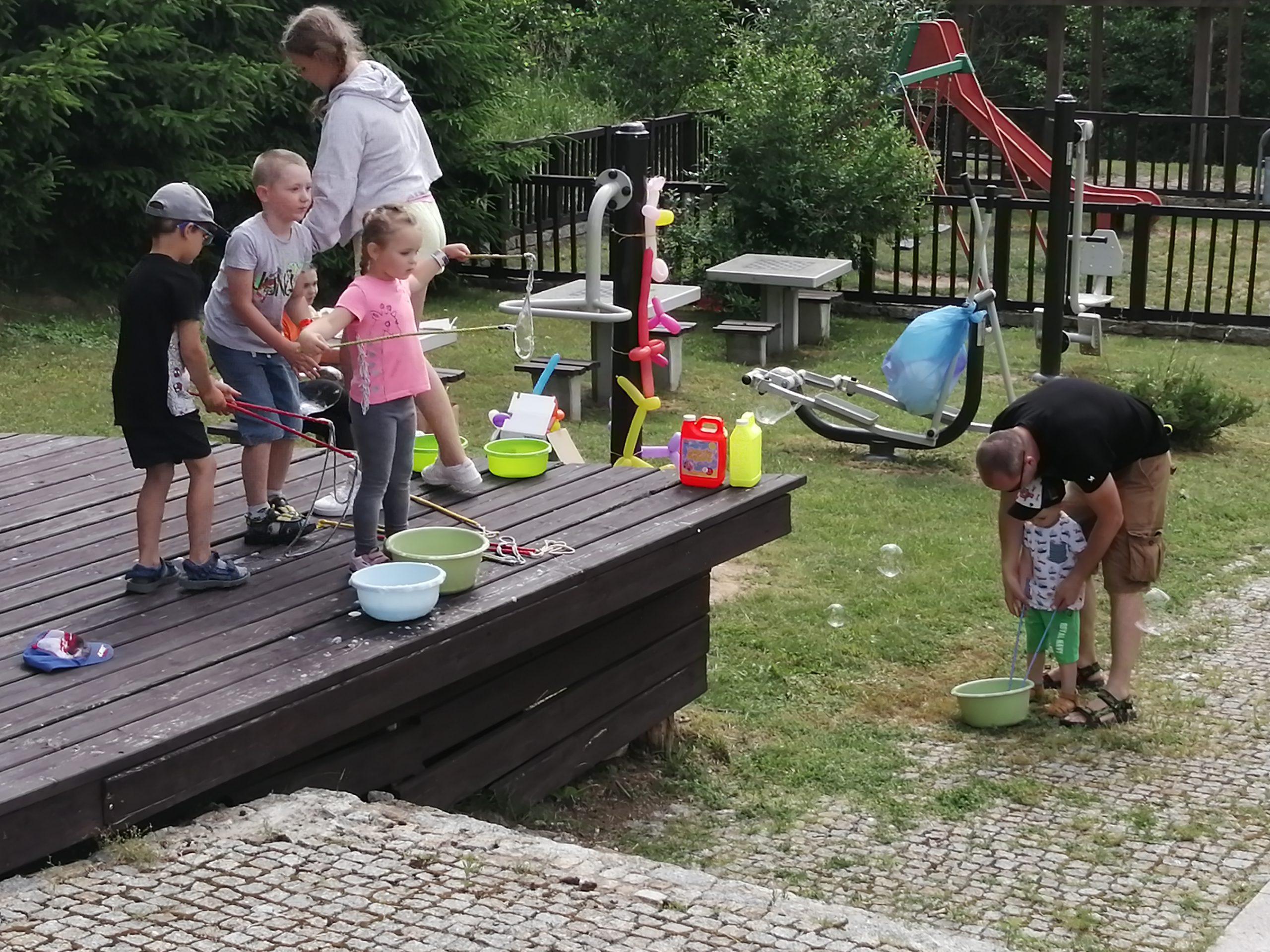 Rodzinne powitanie wakacji w Grabowie