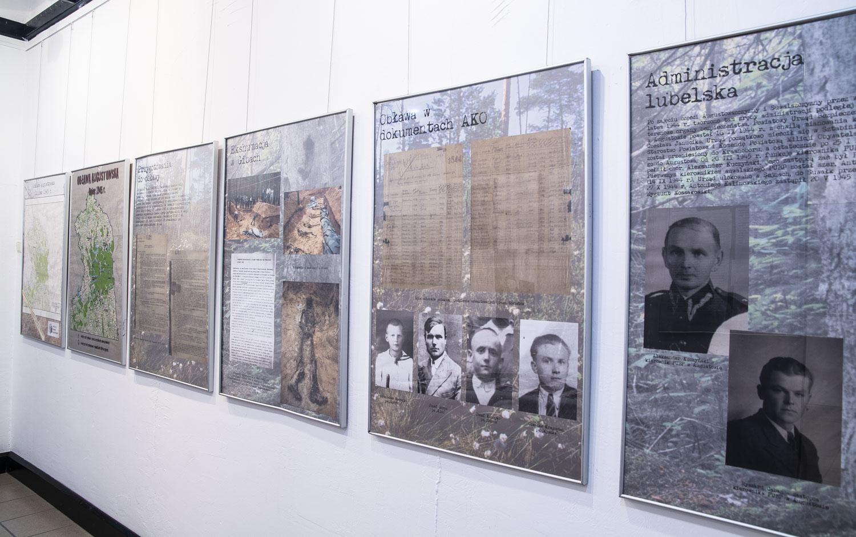 Zdjęcie wystawy dotycząca Obławy Augustowskiej